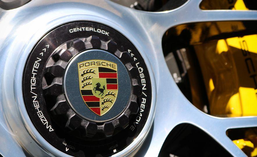 2017 Porsche 911 Turbo S cabriolet - Slide 33