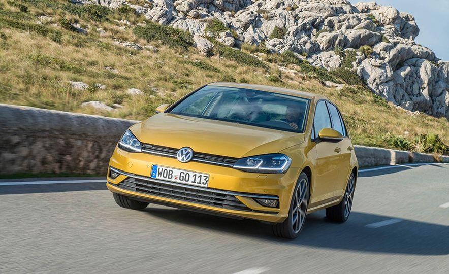 2017 Volkswagen Golf 1.0T - Slide 5