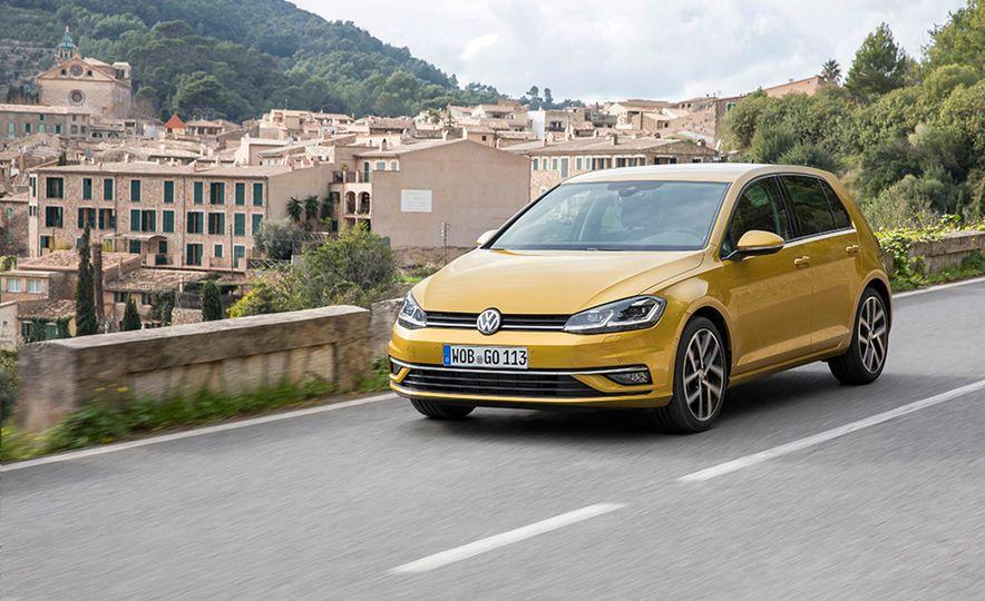 2017 Volkswagen Golf 1.0T - Slide 8