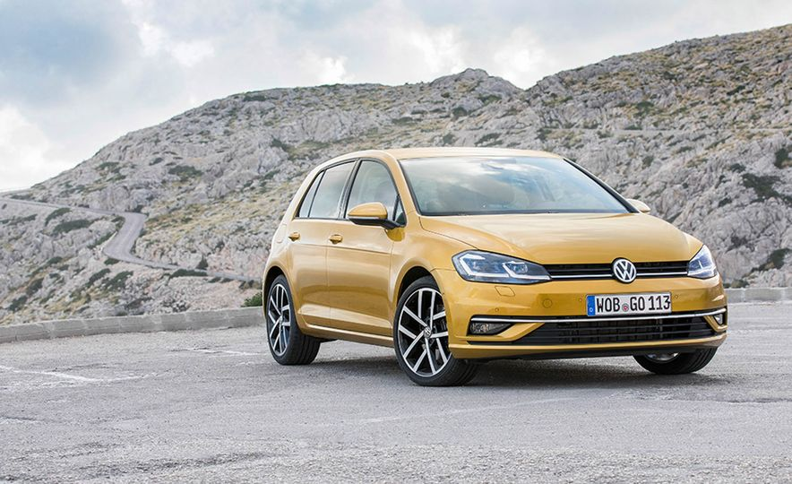 2017 Volkswagen Golf 1.0T - Slide 18