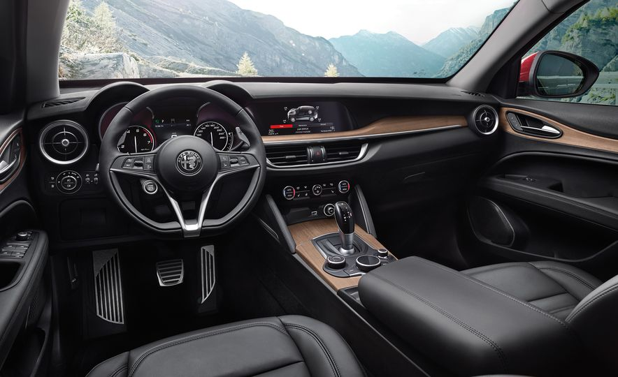 Alfa Romeo Stelvio Priced: Italian Crossover Starts at $42,990 - Slide 7