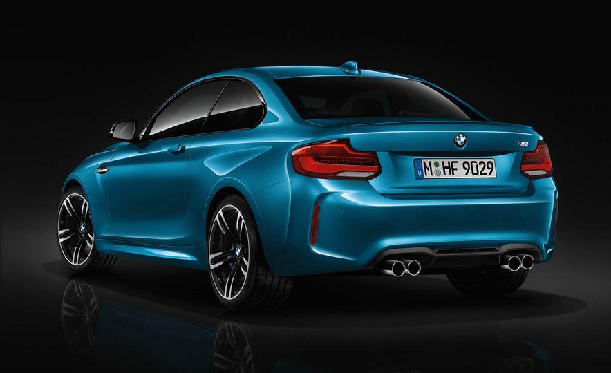 2018 BMW M2 - Slide 4