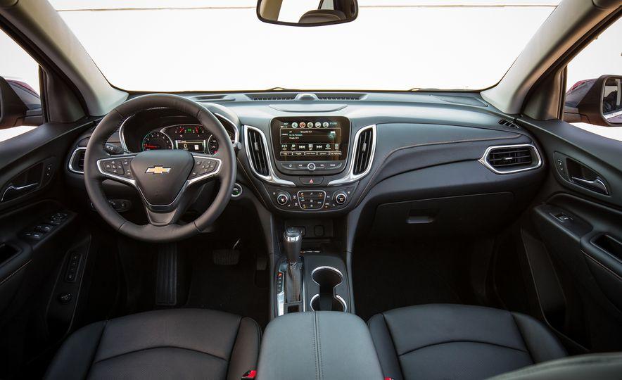 2018 Chevrolet Equinox - Slide 32
