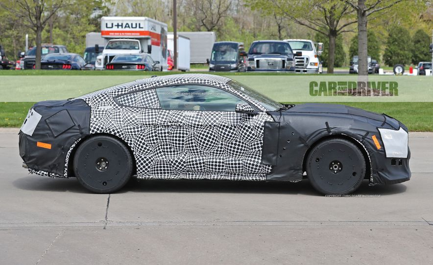 2018 Ford Mustang GT500 (spy photo) - Slide 6