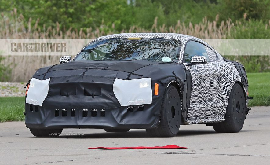 2018 Ford Mustang GT500 (spy photo) - Slide 10