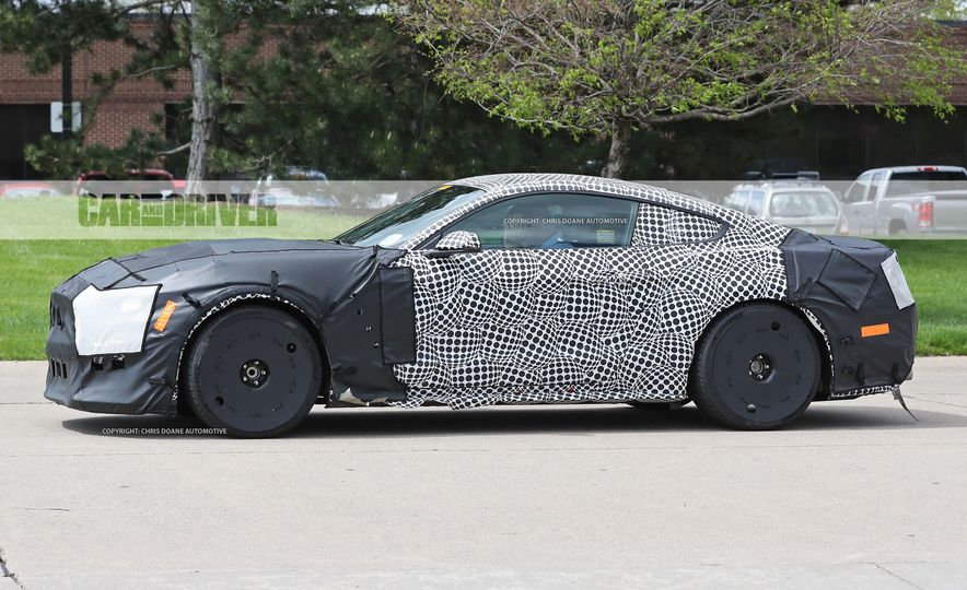 2018 Ford Mustang GT500 (spy photo) - Slide 15