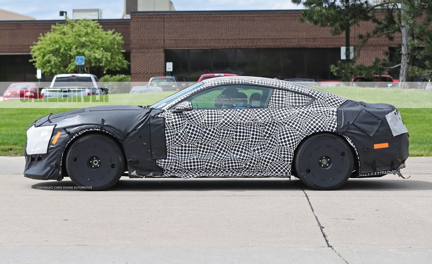 2018 Ford Mustang GT500 (spy photo) - Slide 16