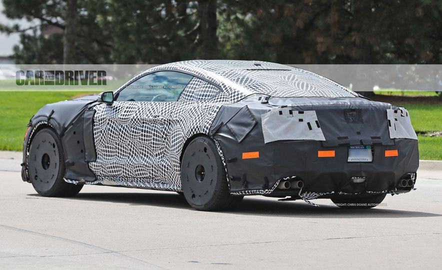 2018 Ford Mustang GT500 (spy photo) - Slide 19
