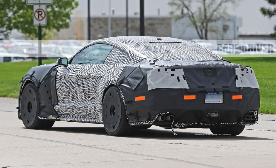 2018 Ford Mustang GT500 (spy photo) - Slide 20
