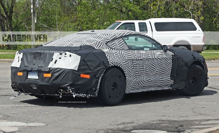 2018 Ford Mustang GT500 (spy photo) - Slide 22