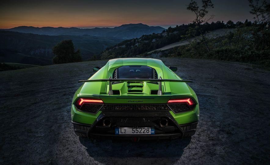2018 Lamborghini Huracan Performante - Slide 8