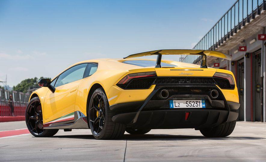 2018 Lamborghini Huracan Performante - Slide 14