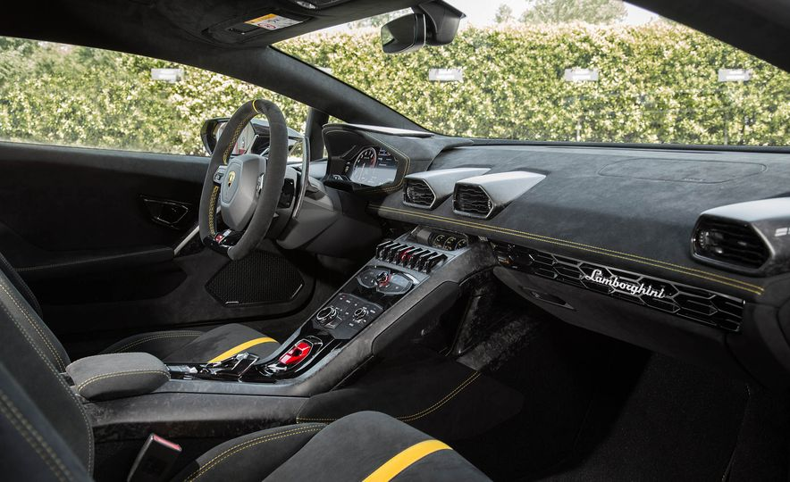 2018 Lamborghini Huracan Performante - Slide 15