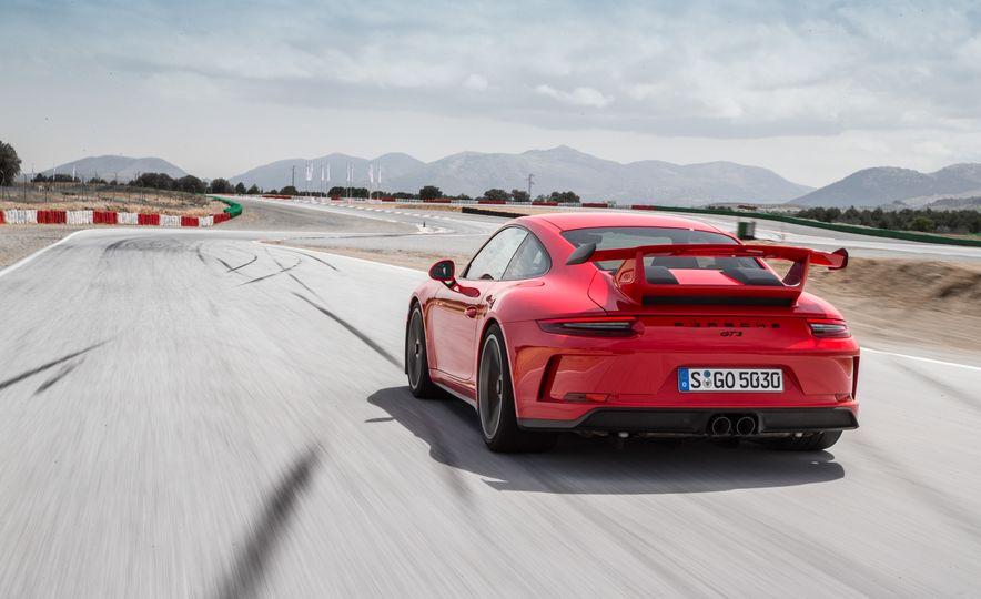 2018 Porsche 911 GT3 - Slide 22