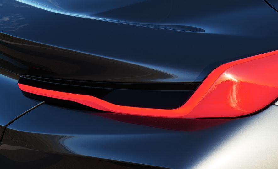 BMW Concept 8-series - Slide 9