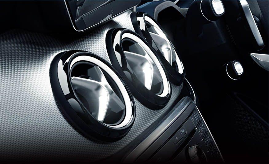 Mercedes-Benz CLA 180 Star Wars Edition - Slide 7