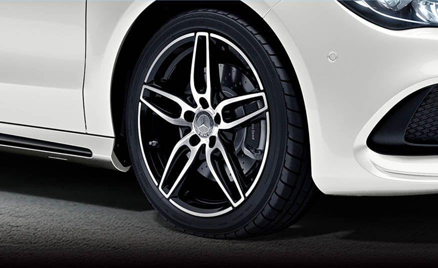 Mercedes-Benz CLA 180 Star Wars Edition - Slide 13