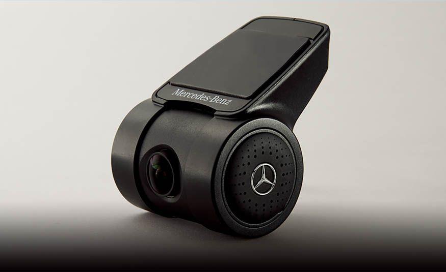 Mercedes-Benz CLA 180 Star Wars Edition - Slide 19