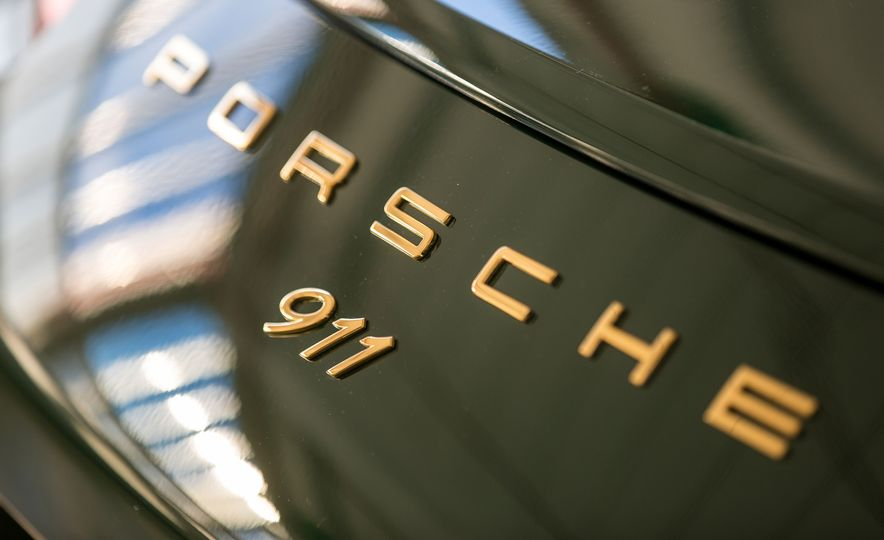 One Million Dreams: This Is the 1,000,000th Porsche 911 - Slide 5