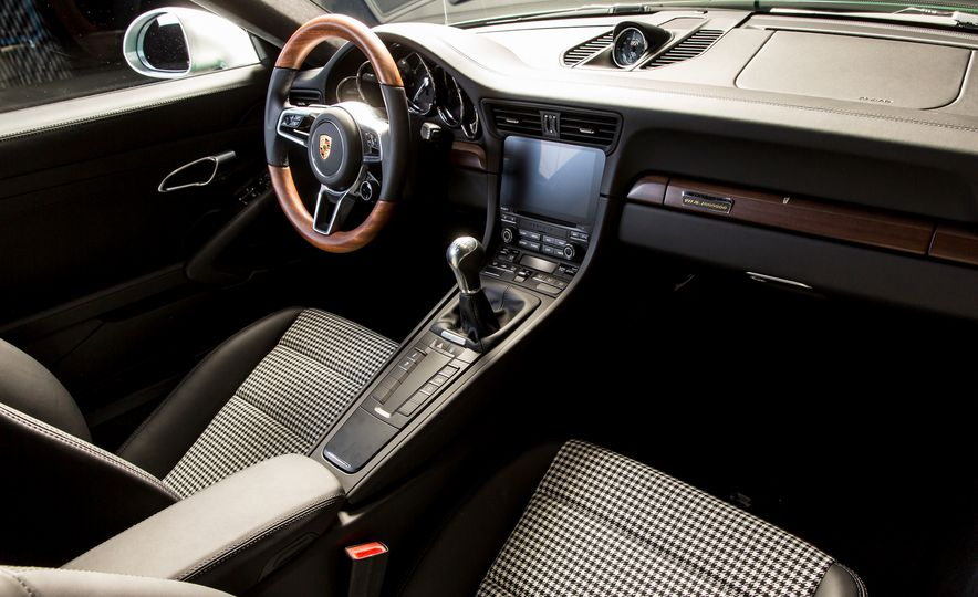 One Million Dreams: This Is the 1,000,000th Porsche 911 - Slide 7