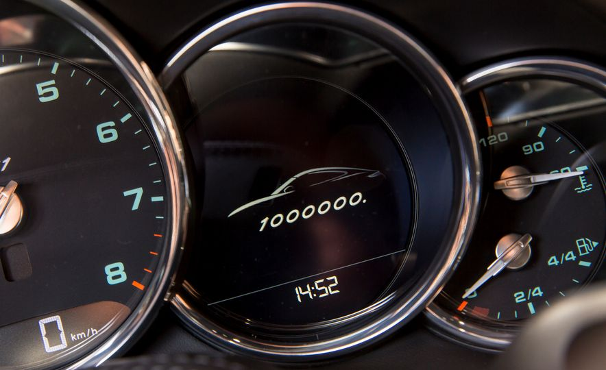One Million Dreams: This Is the 1,000,000th Porsche 911 - Slide 10