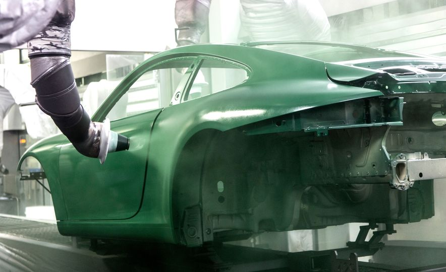 One Million Dreams: This Is the 1,000,000th Porsche 911 - Slide 13