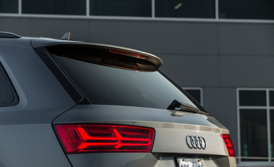 2017 Audi Q7 - Slide 56