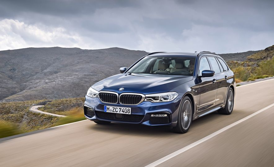 2018 BMW 530d Touring (Euro-spec) - Slide 1