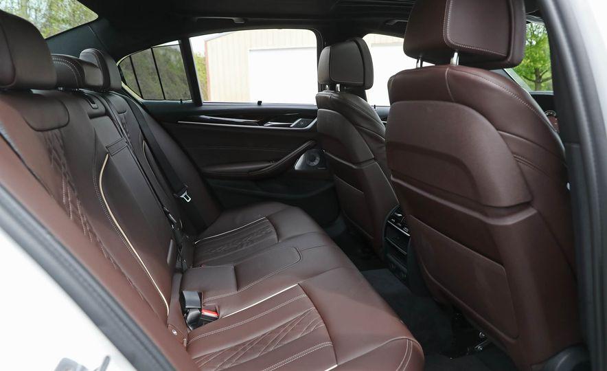 2017 BMW 530i RWD - Slide 49