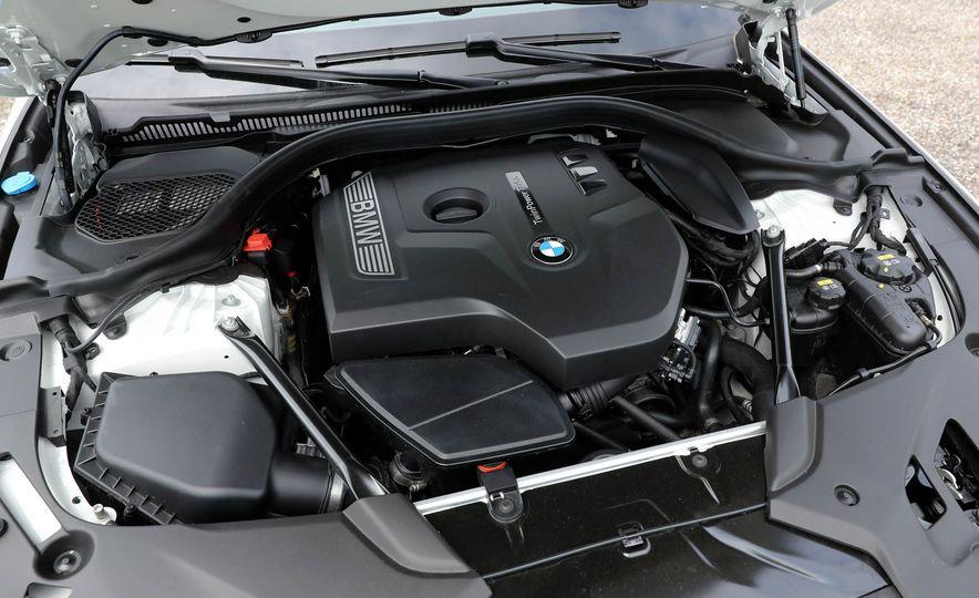 2017 BMW 530i RWD - Slide 53