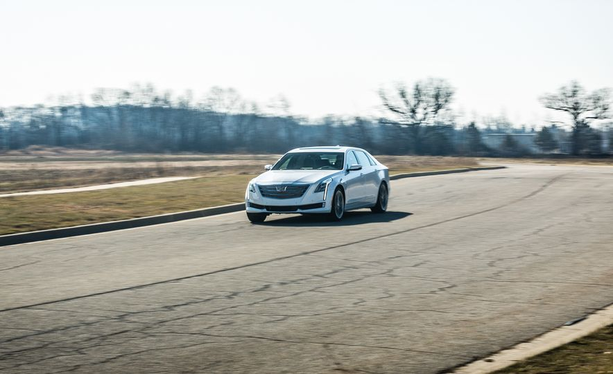 2017 Cadillac CT6 - Slide 5