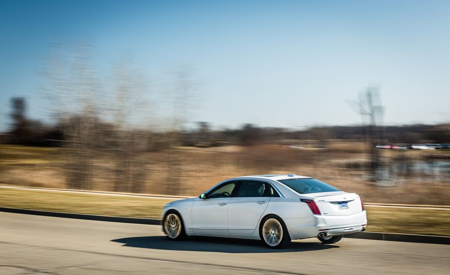 2017 Cadillac CT6 - Slide 9