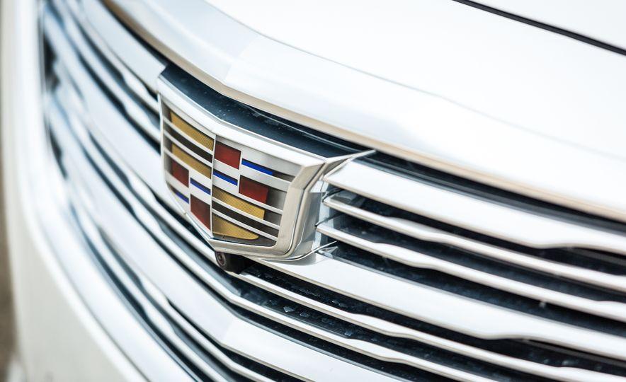2017 Cadillac CT6 - Slide 22