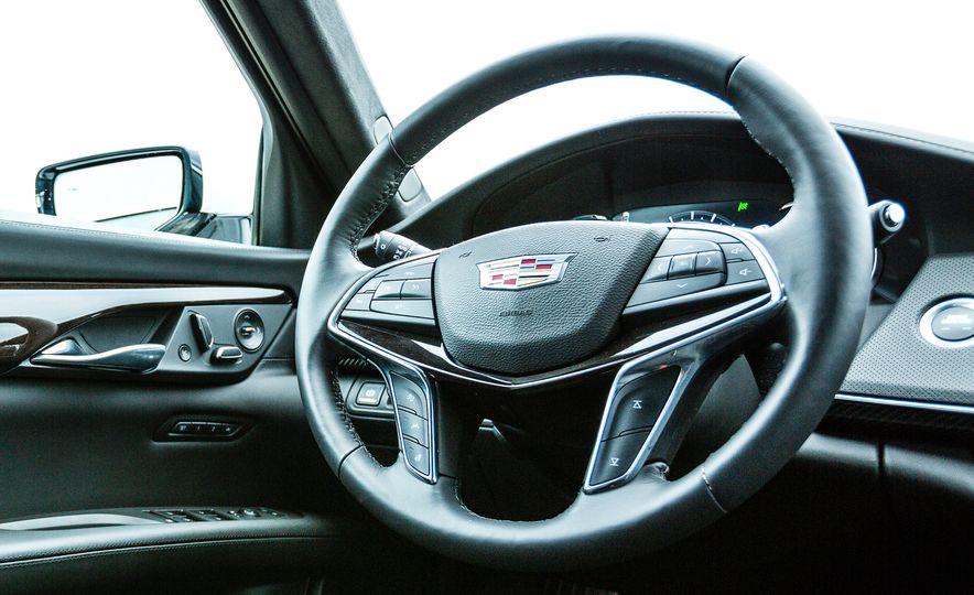 2017 Cadillac CT6 - Slide 30