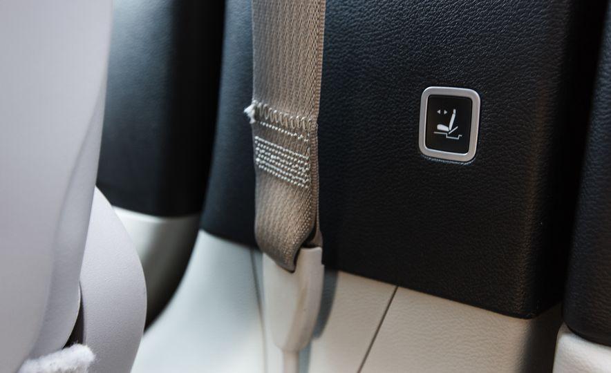 2017 Chrysler Pacifica - Slide 85