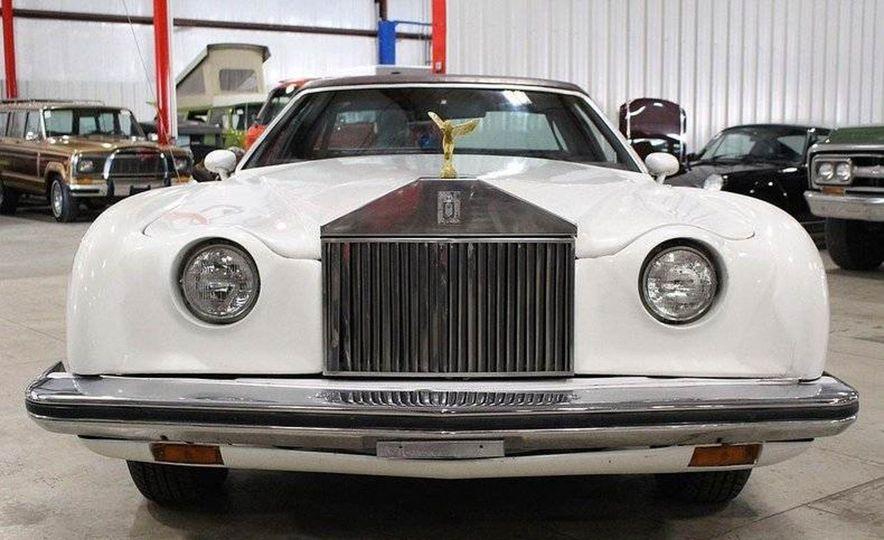 The Spirit of '76: The Custom Cloud Was an Ersatz Rolls-Royce Out of Florida - Slide 8