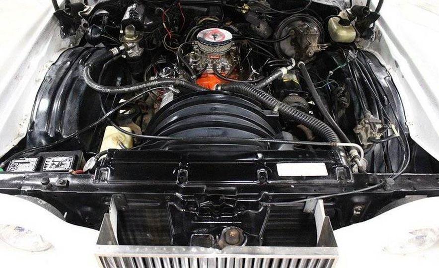 The Spirit of '76: The Custom Cloud Was an Ersatz Rolls-Royce Out of Florida - Slide 12