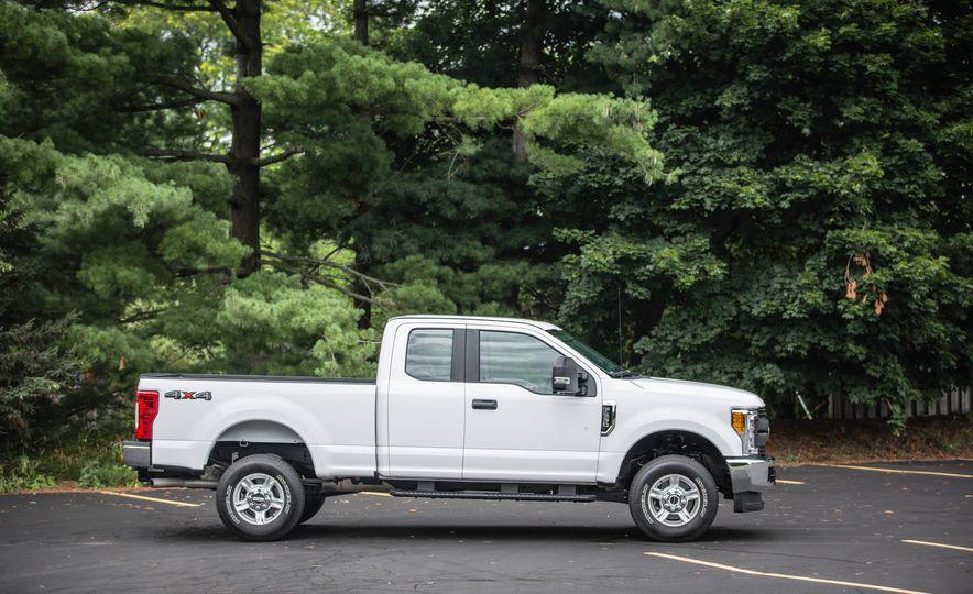 2017 Ford F-series Super Duty - Slide 138