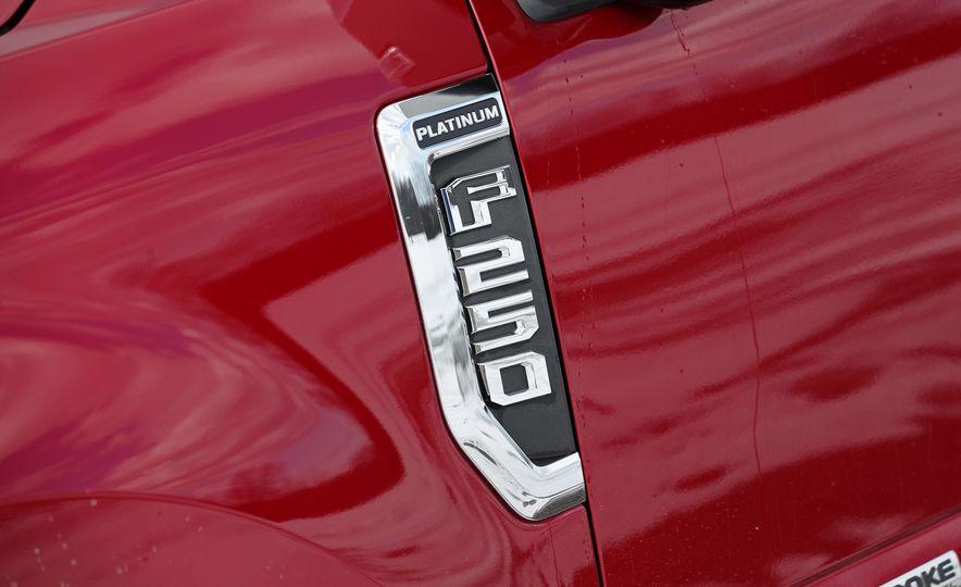 2017 Ford F-series Super Duty - Slide 24