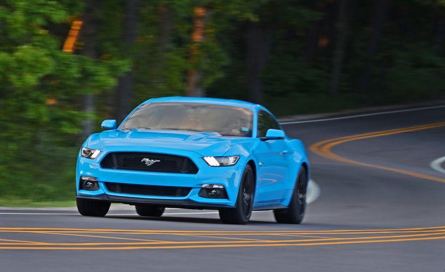 2017 Ford Mustang GT 5.0 6MT - Slide 3