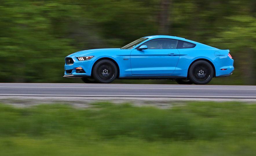 2017 Ford Mustang GT 5.0 6MT - Slide 5