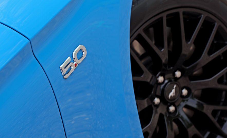 2017 Ford Mustang GT 5.0 6MT - Slide 27