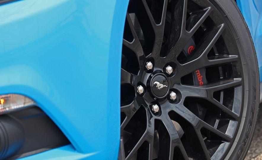 2017 Ford Mustang GT 5.0 6MT - Slide 28