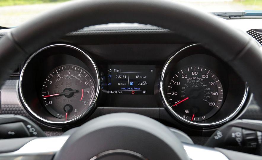 2017 Ford Mustang GT 5.0 6MT - Slide 37