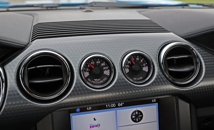 2017 Ford Mustang GT 5.0 6MT - Slide 41