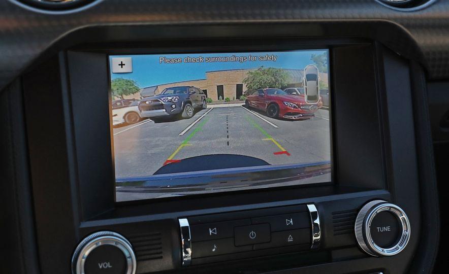 2017 Ford Mustang GT 5.0 6MT - Slide 46