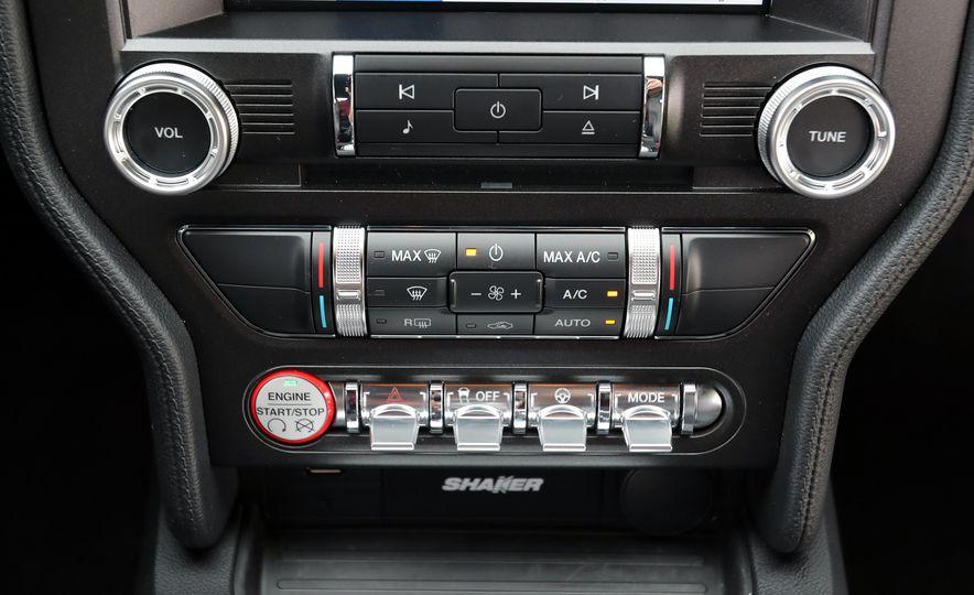 2017 Ford Mustang GT 5.0 6MT - Slide 47