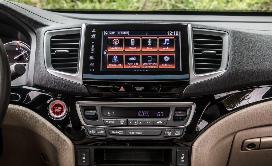 2017 Honda Ridgeline RTL-E AWD and 2017 Chevrolet Colorado LT 4WD - Slide 22
