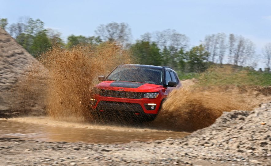 2017 Jeep Compass - Slide 6