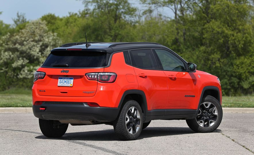 2017 Jeep Compass - Slide 23